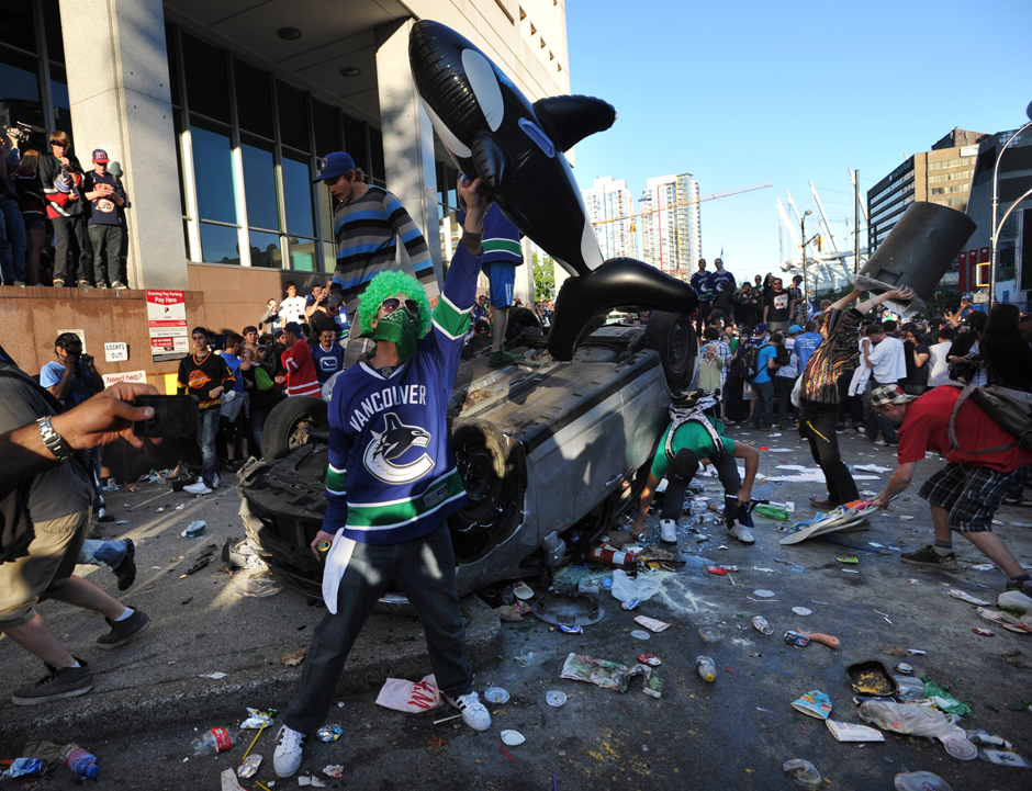vancouver riots Coordinates the 1994 vancouver stanley cup riot occurred in downtown vancouver, british columbia, canada, on the evening of june 14, 1994, and continued into the following morning.